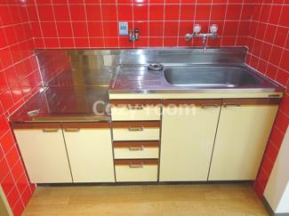 ガスコンロ設置可のキッチンでお料理をお楽しみください