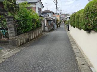 交通量の少ない前面道路