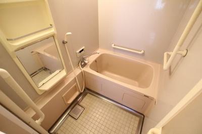 【浴室】サンヴェール舞子弐番館