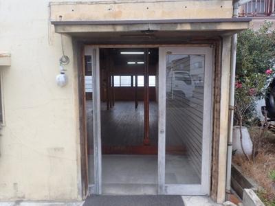 【エントランス】竹原事務所倉庫