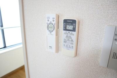室内照明リモコン&エアコンリモコン