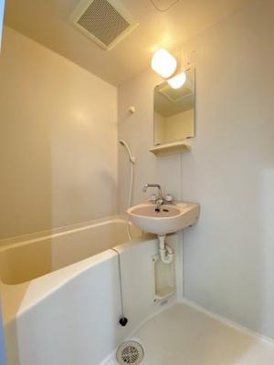 【浴室】リヴ・ロード