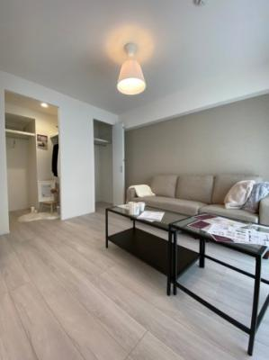 家具の配置を考えるのが楽しみな居室です。