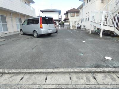 【駐車場】メゾン上岡田A