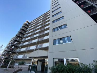 総戸数208戸の大型マンションです。