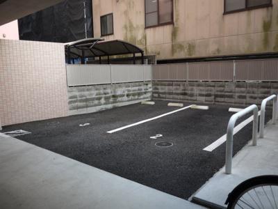 【駐車場】ウエストハイム天神川