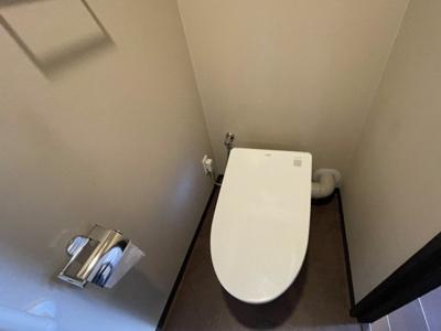 タンクレス全自動トイレです♪