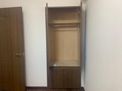 収納スペースのおかげでより広く居住スペースを確保可能です。