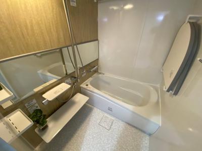 広々とした浴室です。