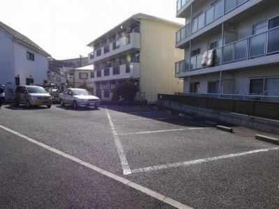 【駐車場】コリーヌマンション(こりーぬまんしょん)