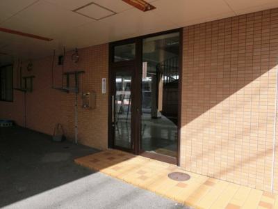 【玄関】中旭が丘2丁目貸ビル