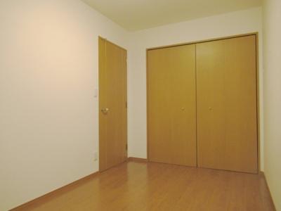 階下にお部屋がないので小さなお子様のいるご家庭にも向きます。