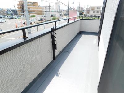 【バルコニー】飯能市大字岩沢・全4棟 新築一戸建 D号棟 ~LDK20帖~