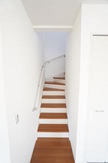 リビングイン階段でリビングを通るので、家族がいつも顔を合せられて嬉しいですね