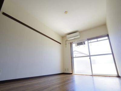 ◎使いやすい6畳の洋室