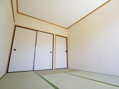 参考写真◎バルコニーに面して明るい和室
