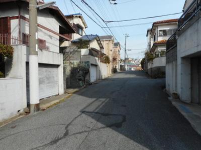 【前面道路含む現地写真】神戸市垂水区塩屋台3丁目 土地