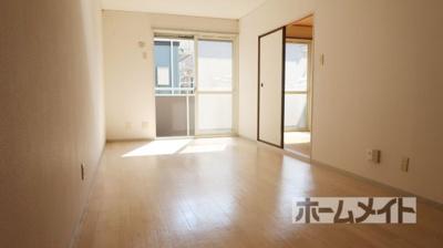 【居間・リビング】グレースハイムA棟 ホクセツハウス(株)