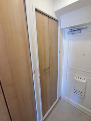 玄関部分です。 たっぷり収納できるシューズクローゼットです。