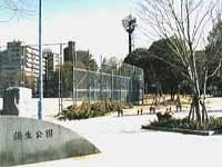 都島公園まで徒歩9分です