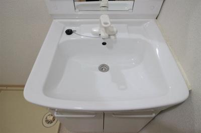 【独立洗面台】セゾン八尾東