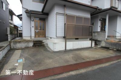 【駐車場】西脇市下戸田借家
