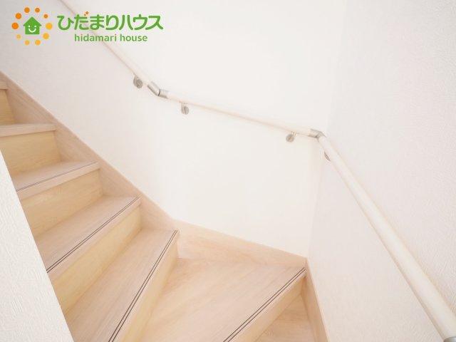 安心の手すり付き階段(^^)/