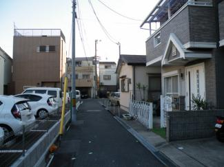 【前面道路含む現地写真】尼崎市長洲中通 中古戸建