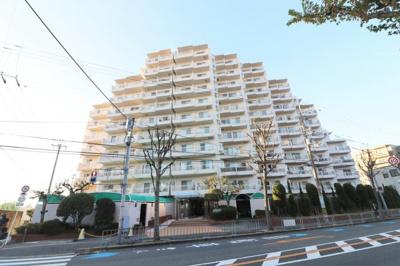 【現地写真】 SRC造 15階建てマンション♪