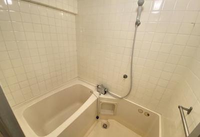 【浴室】ニューロイヤルビル