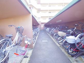 自転車置場はきちんと整列されており快適にご利用いただけます。
