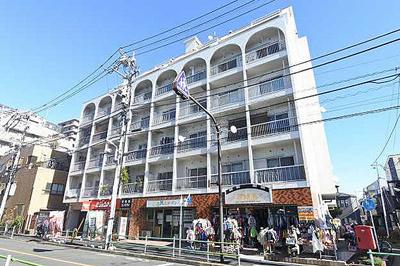 JR千代田・常磐緩行線「亀有」駅徒歩約6分の立地。