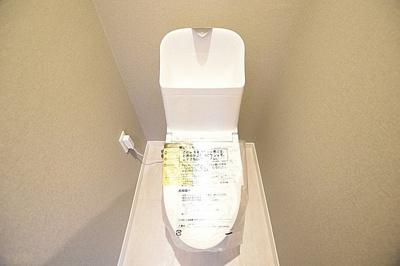 現代の必需品、ウォシュレット付トイレが標準装備です。