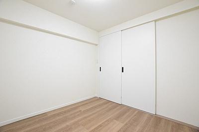 寝室としてもお使いいただけるお部屋です。