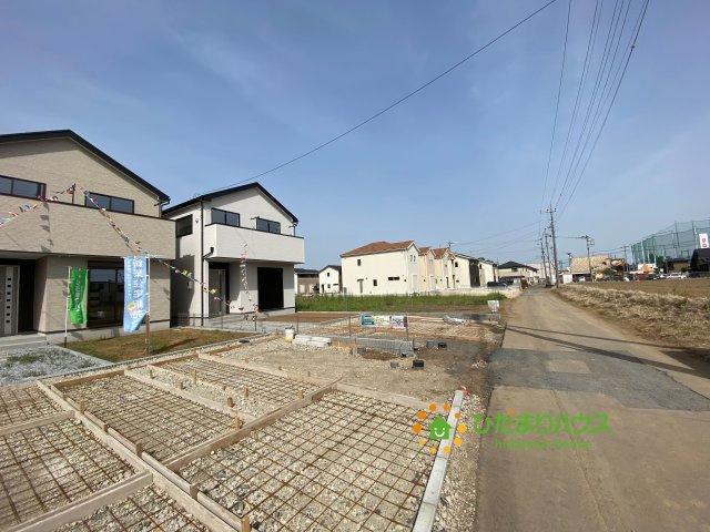 【前面道路含む現地写真】古河市上辺見 20⁻1期 03 新築一戸建て リナージュ