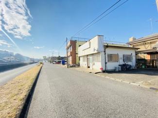 千葉市中央区都町 土地 千葉駅 見通しの良い道路で幅員も広い為、安心して駐車が可能です。