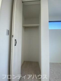 3階洋室5.5帖 収納