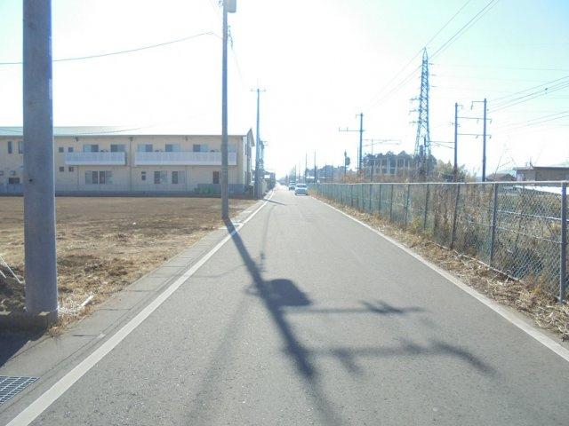 【前面道路含む現地写真】笠間市八雲2丁目土地