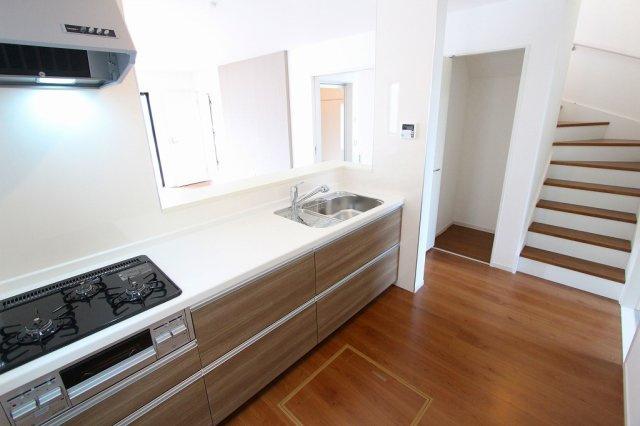 お料理しやすいキッチンです:建物完成しました♪毎週末オープンハウス開催♪三郷新築ナビで検索♪