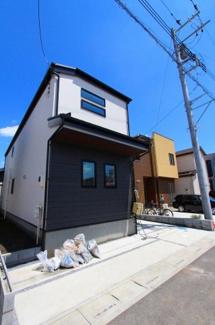 カースペースがあります:建物完成しました♪毎週末オープンハウス開催♪三郷新築ナビで検索♪