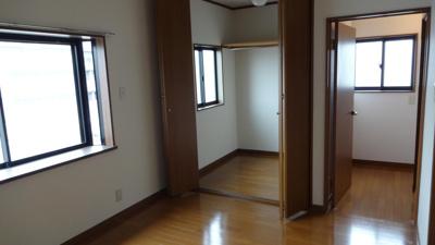 同じ間取りの他の部屋写真になります。