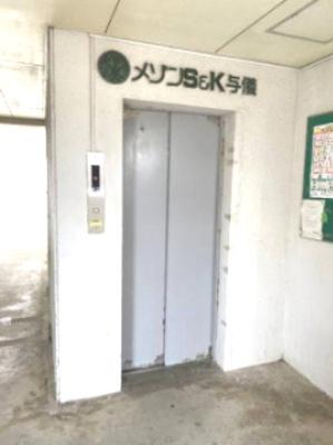 【エントランス】メゾンS&K与儀 B棟