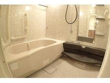 【浴室】ジーニス大阪WEST棟