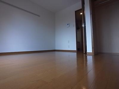 【寝室】アミュール桜ヶ丘Ⅱ番館