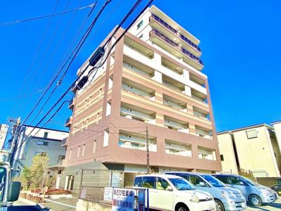 3駅3沿線利用可能でアクセス良好なマンション。