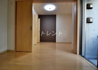 【居間・リビング】グリーニエ西新宿弐番館