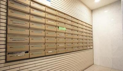 メゾン・ド・ヴィレ日本橋中洲のメールボックスです。