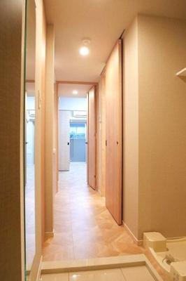 ラフェスタ板橋本町の収納もある玄関です