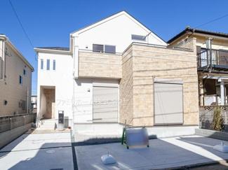 千葉市花見川区幕張町3丁目 新築一戸建 外観施工例です。