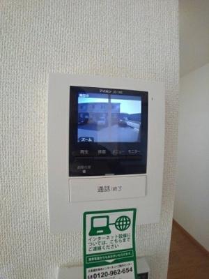 【セキュリティ】グランドソレーユ B